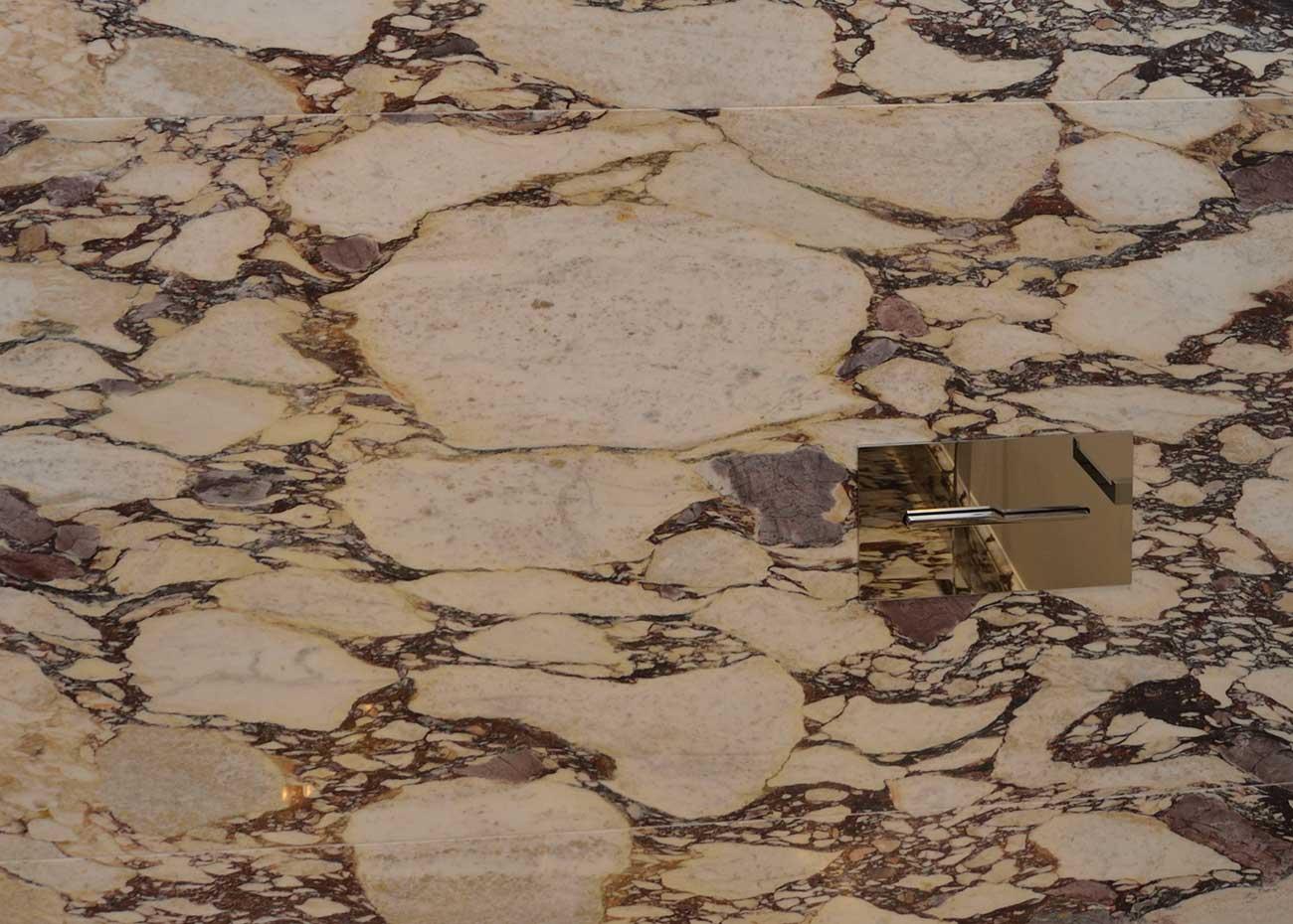 marmo-italiano-breccia-medicea-macchia-aperta
