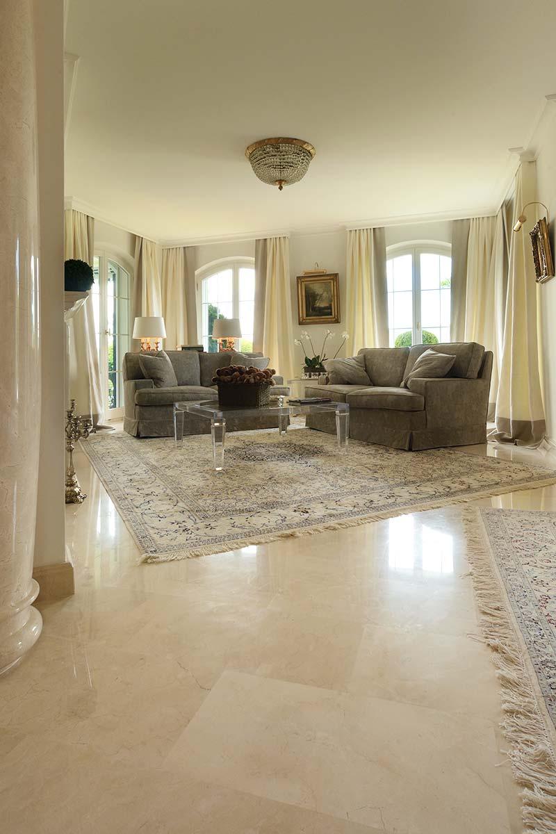 pavimento-in-marmo-spagnolo-crema-marfil