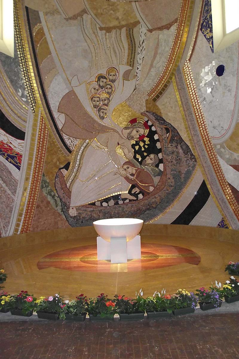 fonte-battesimale-in-marmo