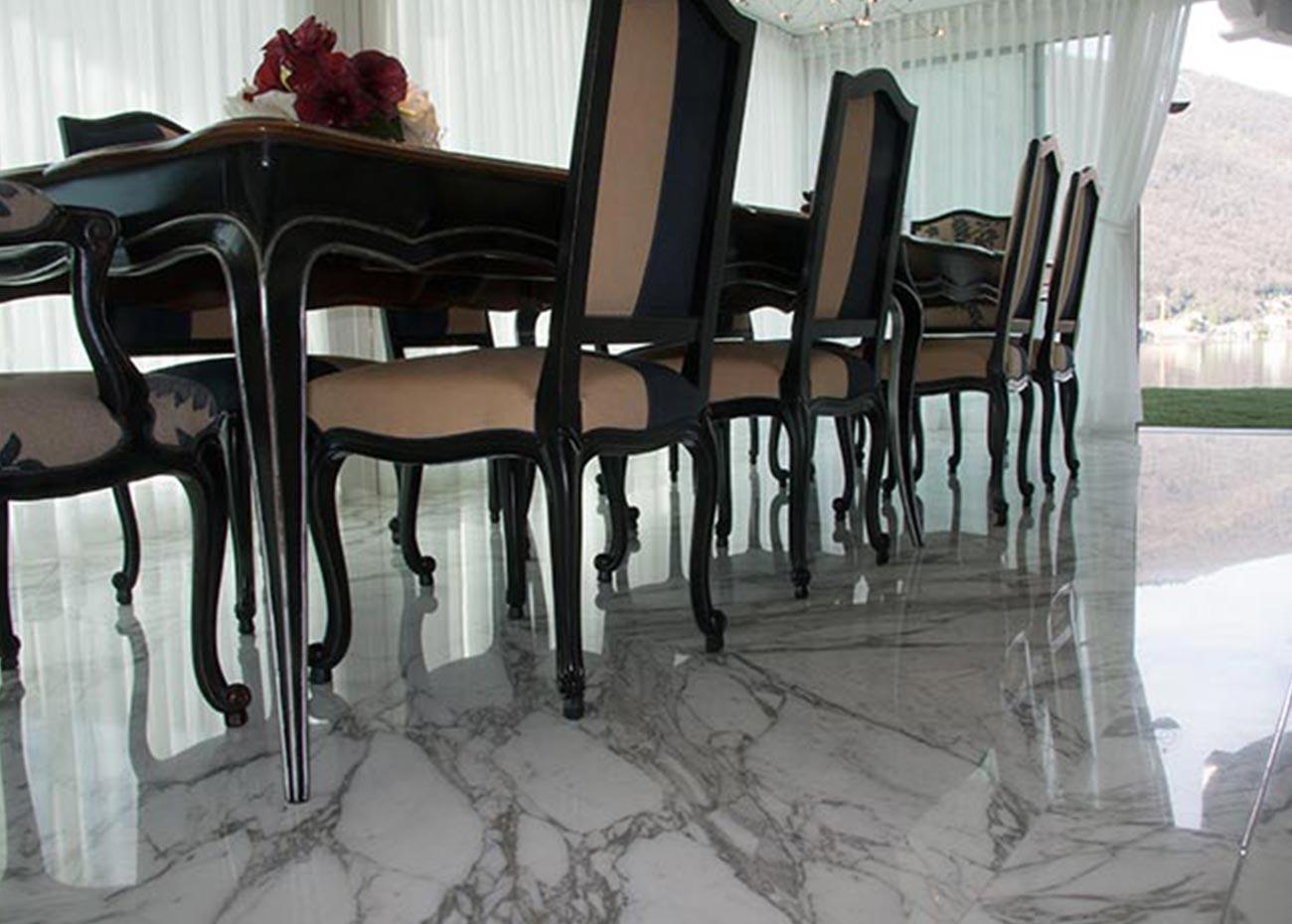 pavimento-in-marmo-bianco-arabescato